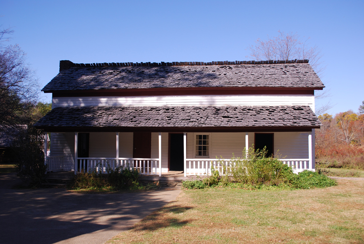 becky-cable-house-in-cades-cove