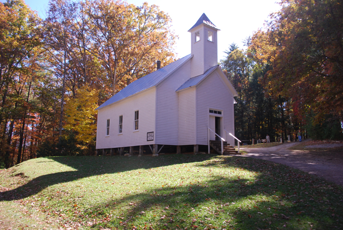 cades-cove-baptist-church-in-the-smoky-mountains